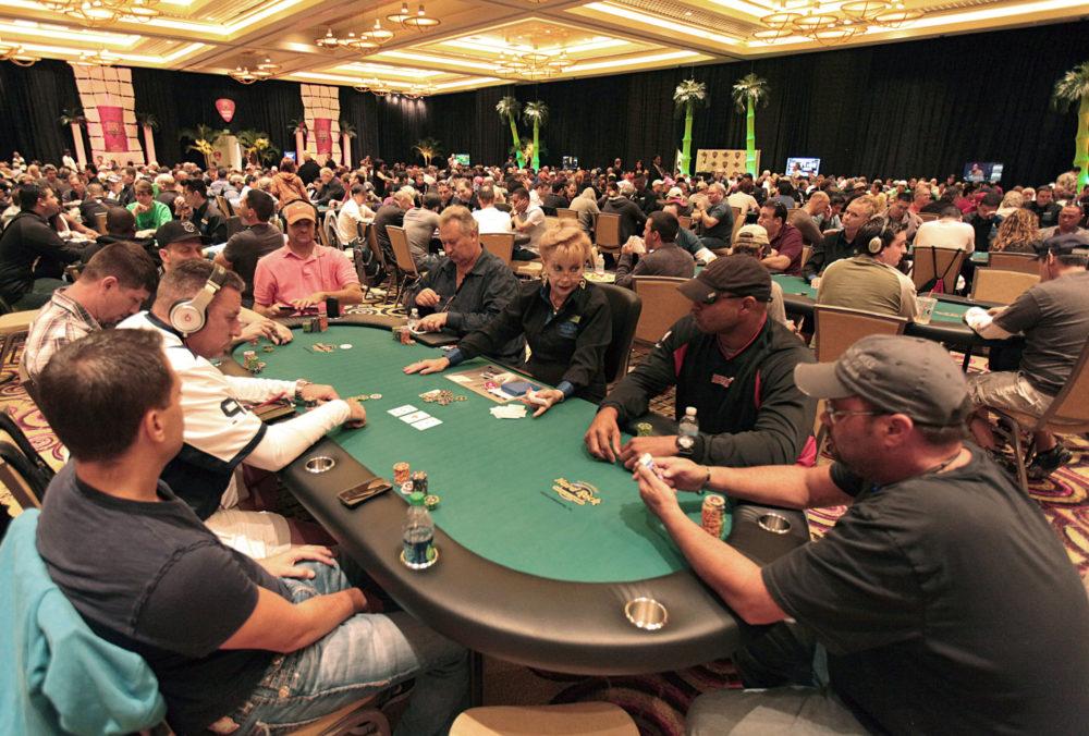 Подсказки в покере