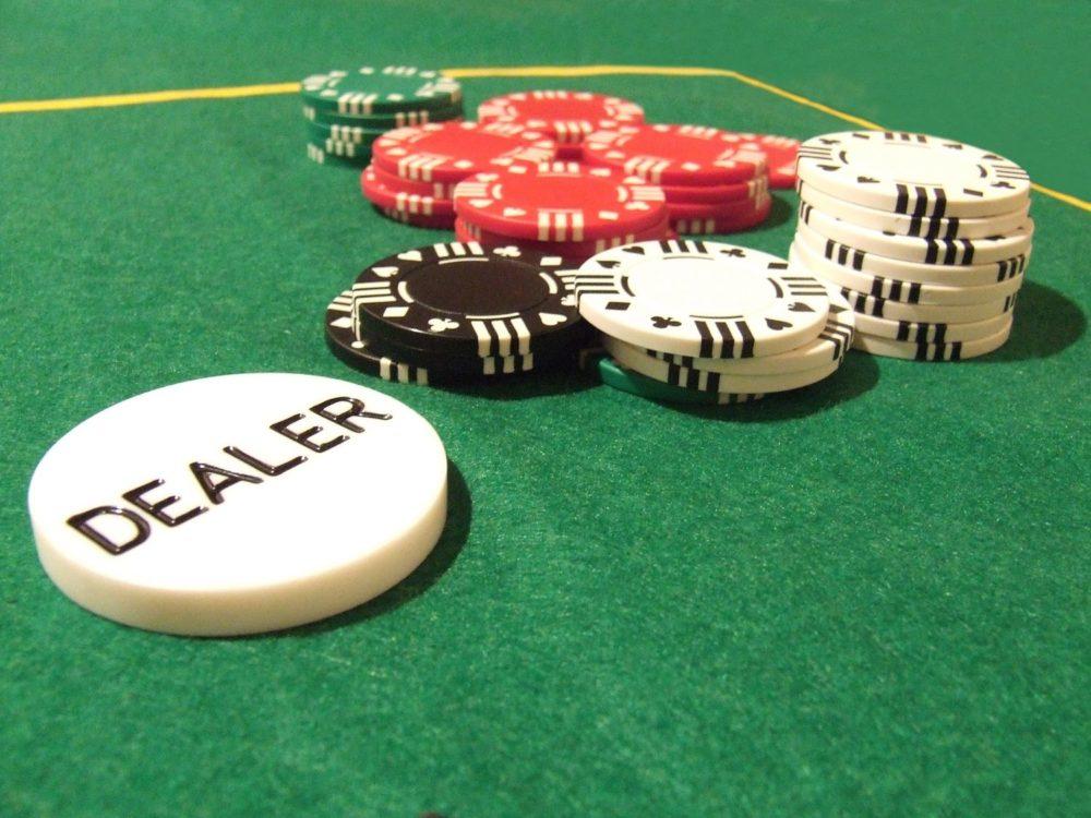 баттон в покере